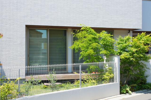 狭い庭でもリウッドデッキで癒しの空間をつくる方法