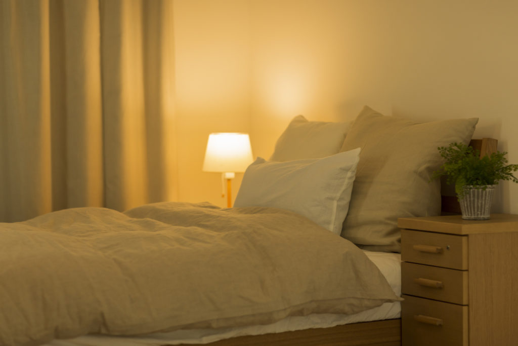 幸せを招く良い眠りと目覚め!「寝室+ウッドデッキ」の組み合わせで至福のリゾート気分