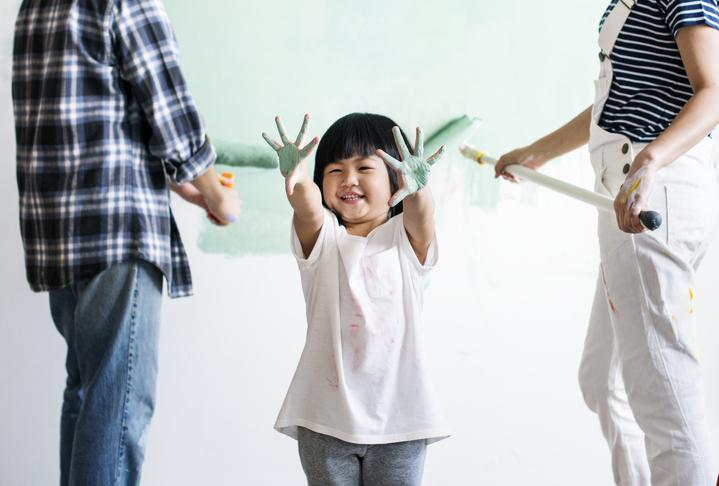 休日は家族でDIYを楽しもう!成功のコツは事前準備と作業スペースの確保