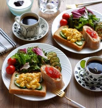 キッチンのすぐそばに菜園、とれたて新鮮なお野菜で毎日を楽しく。