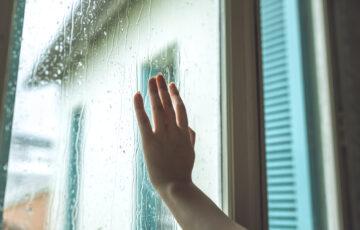 2階の窓を徹底対策!小窓にはおしゃれな面格子の後付けリフォームも